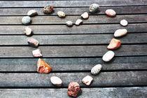 Steine am Meer von Gabi Kaula