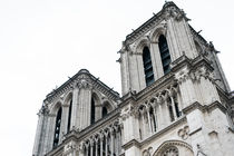 Notre Dame de Paris by whiterabbitphoto