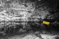 Schlauchboot im Bergwerk von Michael Bolz