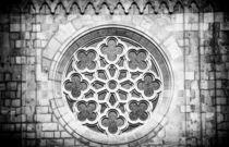 Fenster mit Ornament Matthiaskirche Budapest sw von Matthias Hauser
