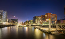 hafencity@night X by Manfred Hartmann