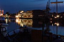 Lagerhaus bei Nacht by gilidhor