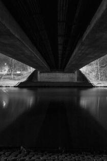 Brücke bei Nacht by gilidhor