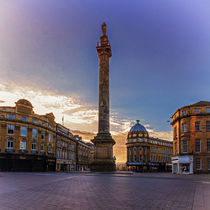 Grey's Monument by David Pringle