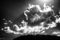 Dramatische Wolken Gellertberg Budapest by Matthias Hauser