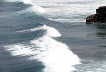 Der Surfer und der Welle von Asri  Ballandat - Knobbe