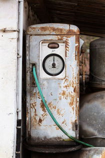 Old gas pump 0178 by Mario Fichtner