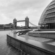 London 04 by Tom Uhlenberg