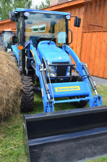 New Holland Workmaster 75 Tractor  2 by lanjee chee