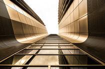 Abstrakte Architektur II von elbvue von elbvue