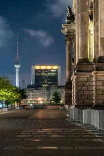 Reichstag und Berliner Fernsehturm I von elbvue von elbvue