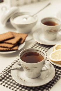Tea time by Lana Malamatidi