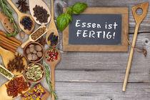 Essen ist fertig - Food is ready von Thomas Klee