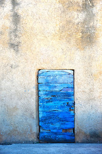 blue door by emanuele molinari