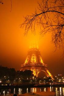 Eiffelturm im Nebel von lj