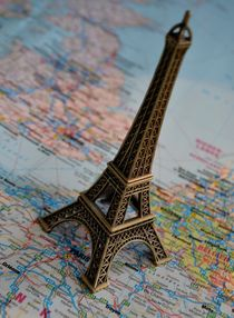 Paris by Philipp Tillmann