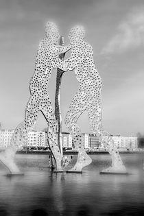Molecule Men by Rolf Hackemann