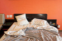 Motel-messy-bed
