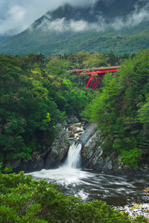 The Toroki Falls on Yakushima Island, Japan von Sara Winter
