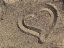 Heart on the Beach - Herz am Strand 4 by detiart
