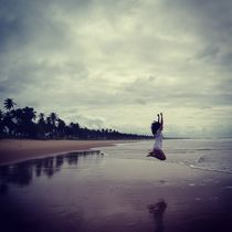Jump on the beach by Flavia Altimari