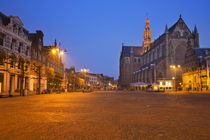 City of Haarlem, The Netherlands at night von Sara Winter