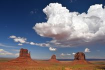 Clouds over Monument Valley by usaexplorer