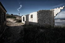 Ruins on the beach in wintertime Aguas Dulces von Diana C. Bernardi
