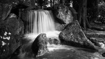 Small Waterfall by fotograf