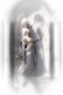 Engel im weißen Licht no. 10 by andreasrumpf