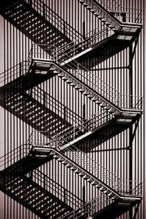 Zick Zack Schatten  by Bastian  Kienitz