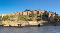 The Alcazaba, palatial fortification in Malaga, Spain von Perry  van Munster