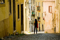 Alfama Lisbon, Portugal by Perry  van Munster