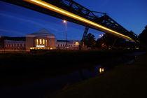 Opernhaus zur blauen Stunde von Markus Hartung