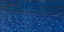 Frau-im-schwimmbecken