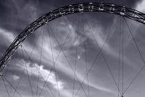 Wembley Bogen  von Bastian  Kienitz