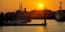 Sonnenuntergang im Nassauhafen von Rolf Müller