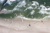 Katamarane am Strand von Rolf Müller