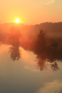 Bei Sonnenaufgang am Ruhrufer  von Bernhard Kaiser