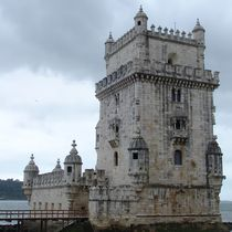 Belem's tower by Flavio Molina