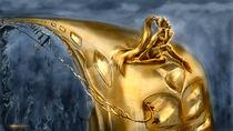 Desperate attempt (gold) von zvezdochka