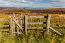 England - Peak District. Gateway to the moors  by Chris Warham