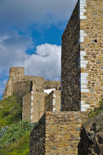 Castle Wall in Alentejo Portugal von Angelo DeVal