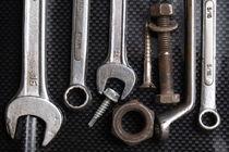 Tool Bench von Angelo DeVal
