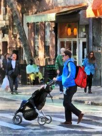 Daddy Pushing Stroller Greenwich Village von Susan Savad