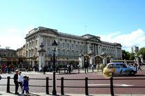 The Buckingham Palace by Philipp Tillmann