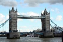 The Tower Bridge by Philipp Tillmann