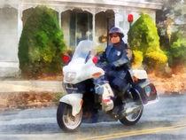 Suburban Motorcycle Cop von Susan Savad