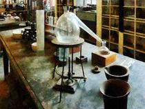 Retort in Chem Lab von Susan Savad
