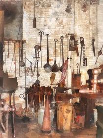 Hand Tools in Machine Shop von Susan Savad